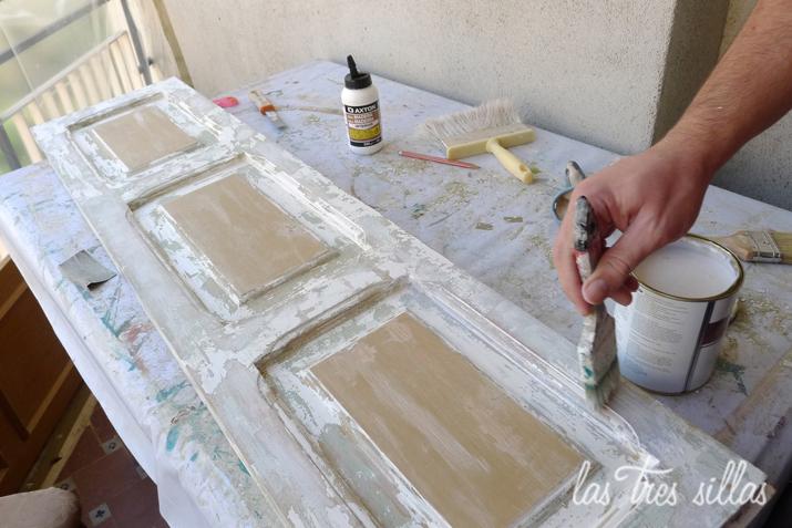 Muebles personalizados con papel pintado las tres sillas - Transformar un mueble ...