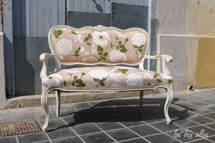 las_tres_sillas_sofa_bettina (1)