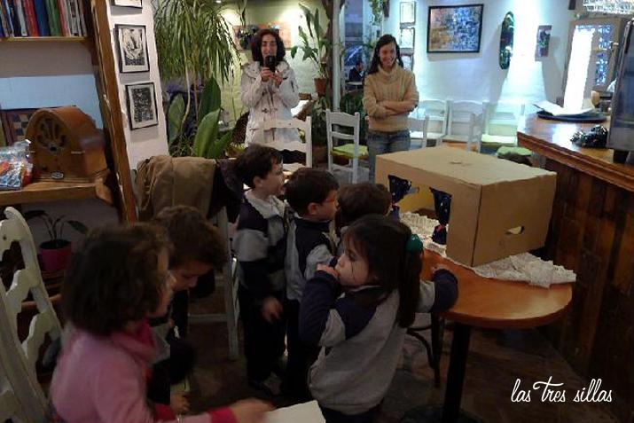 las_tres_sillas_taller_titeres_reciclados (2)