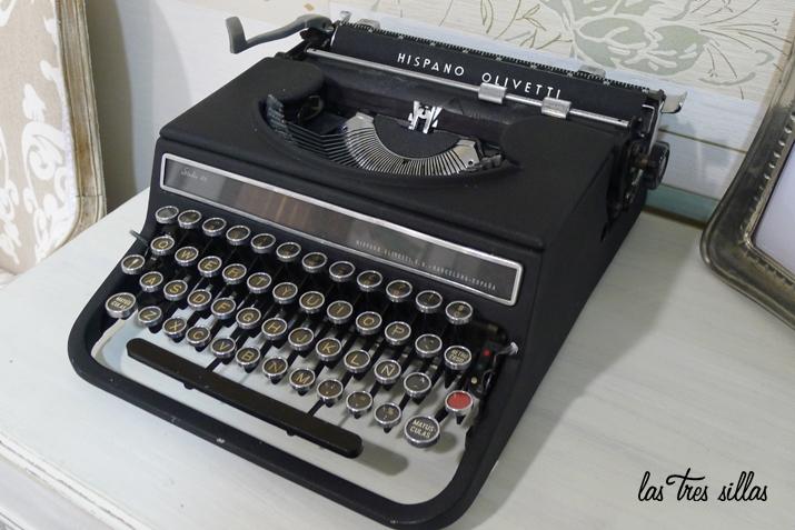 maquina_escriir_alquiler_las_tres_sillas
