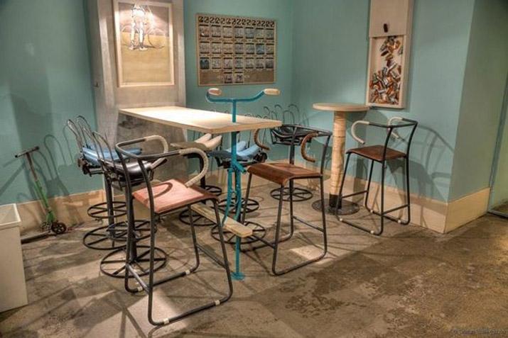 Restaurantes con esp ritu upcycling hechos con muebles for Decoracion con puertas antiguas