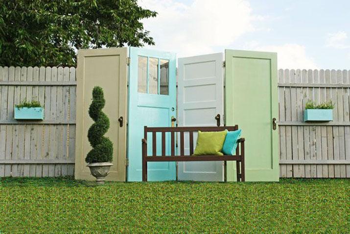 Biombos muebles reciclados a partir de puertas las tres for Reciclado de puertas