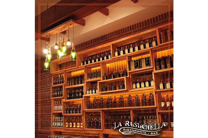 las_tres_sillas_rescatamuebles_lamparas_recicladas_restaurante_caracas-1