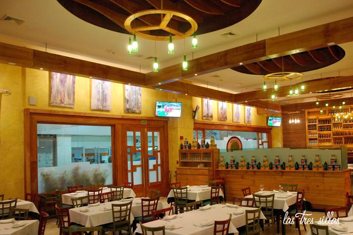 las_tres_sillas_rescatamuebles_lamparas_recicladas_restaurante_caracas-6