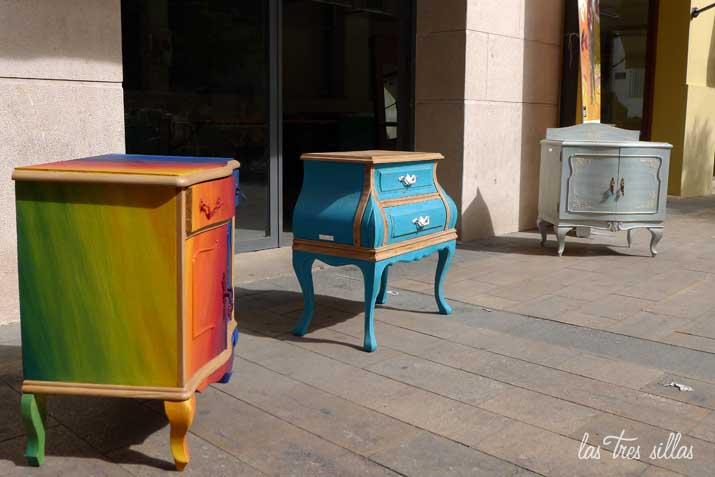 Los muebles reciclados de las tres sillas en tapiner a - Reciclado de muebles viejos ...