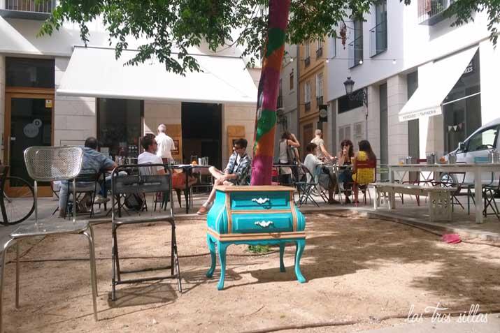 las_tres_sillas_muebles_reciclados_tapineria_28