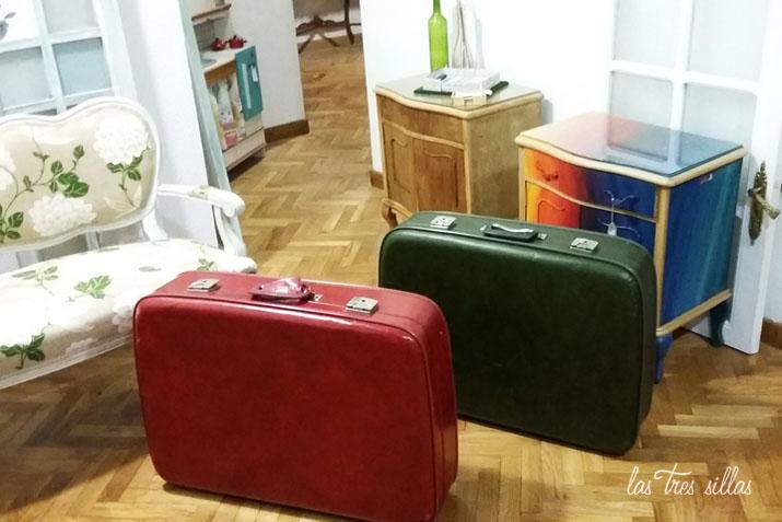 C mo restaurar una maleta vintage para bodas y eventos for Maletas vintage decoracion