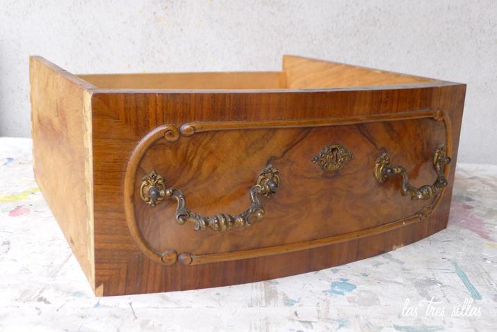 Muebles antiguos restaurados antes y despues gallery of - Modernizar muebles antiguos ...