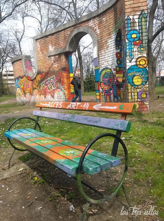las_tres_sillas_muebles_recuperados_rumania_11