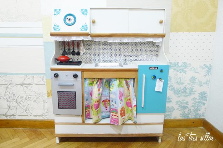 las_tres_sillas_cocina_juguete_le_petit_chef