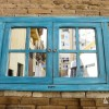 las_tres_sillas_ventana_decorativa_laura_y_sergio (1)