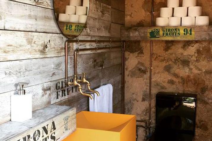 las_tres_sillas_decoracion_hotel_can_casi_muebles_reciclados (11)