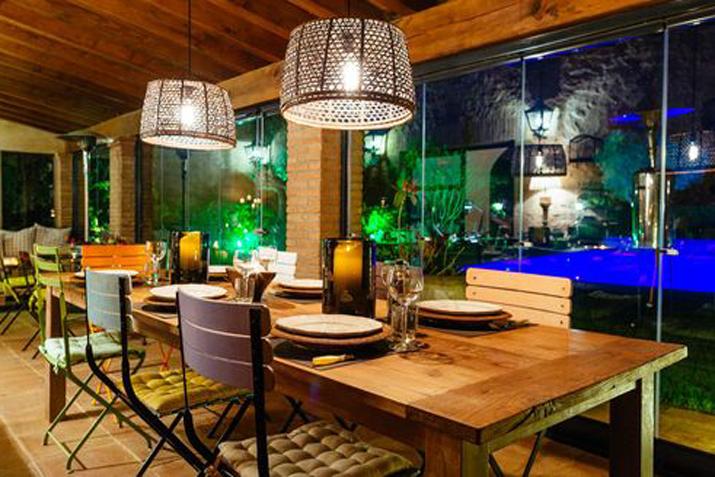 las_tres_sillas_decoracion_hotel_can_casi_muebles_reciclados (4)