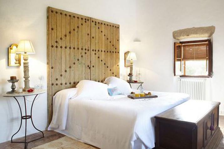 las_tres_sillas_decoracion_hotel_can_casi_muebles_reciclados (5)