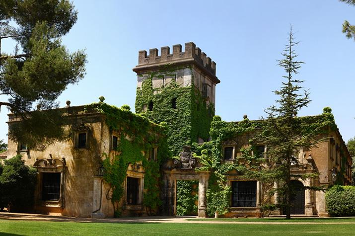 las_tres_sillas_lugares_originales_bonitos_bodas_valencia_castillo_torrefiel
