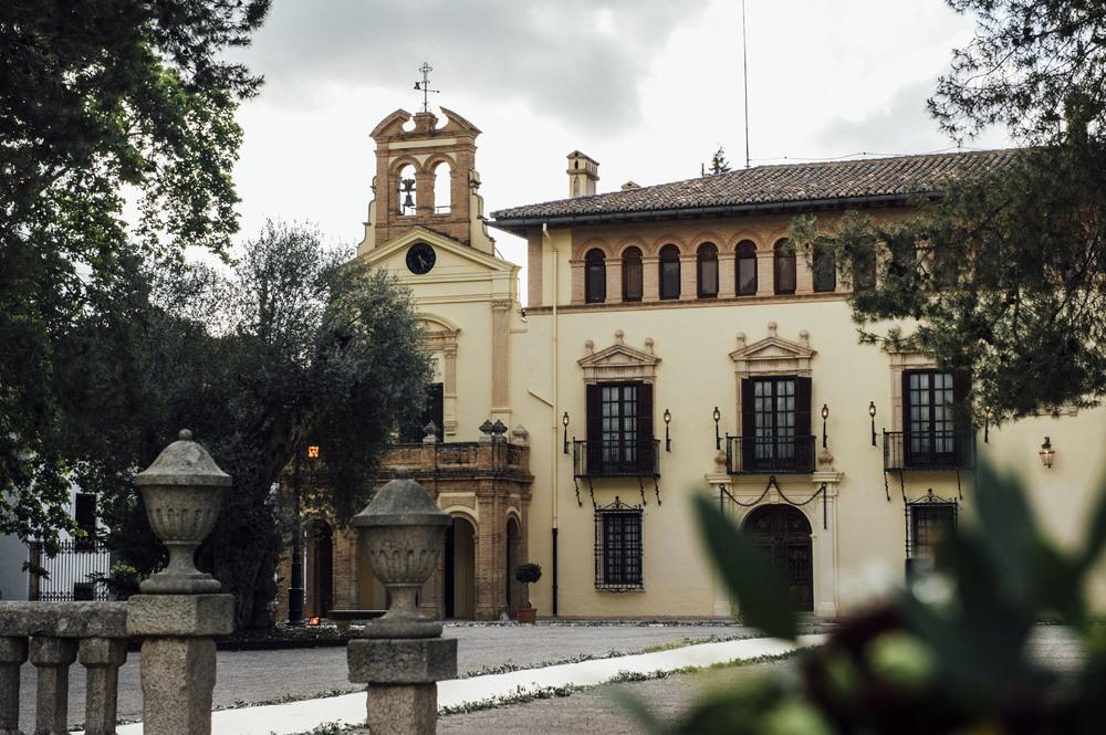 las_tres_sillas_lugares_originales_bonitos_bodas_valencia_vallesa_del_mandor