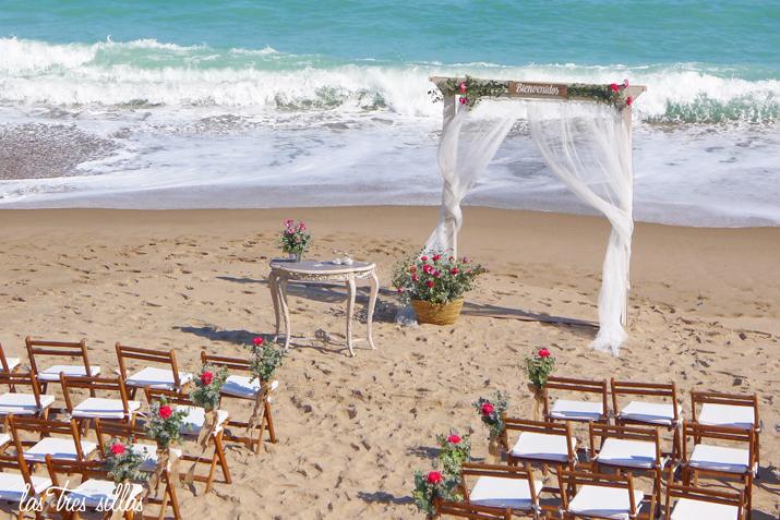 ceremonia_playa_Valencia_arco_las_tres_sillas