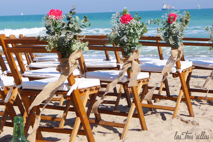 decoracion_sillas_flores_las_tres_sillas_playa