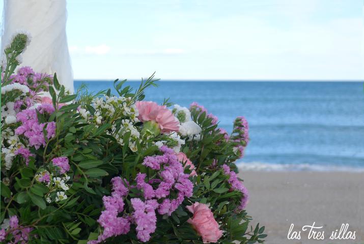 cesto_arco_welc_las_tres_sillas_boda_playa_Valencia_elopement